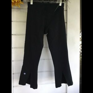 LULULEMON Ladies Black Workout Yoga Pants